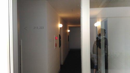 変なホテル 各棟へのドア