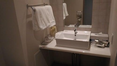 変なホテルの洗面台