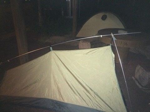 二つのテント