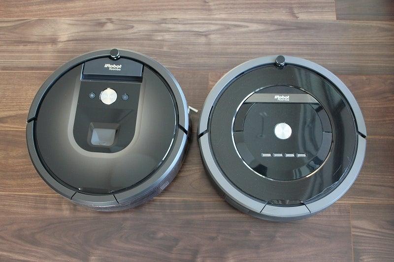 ルンバ 980(左)とルンバ880(右)