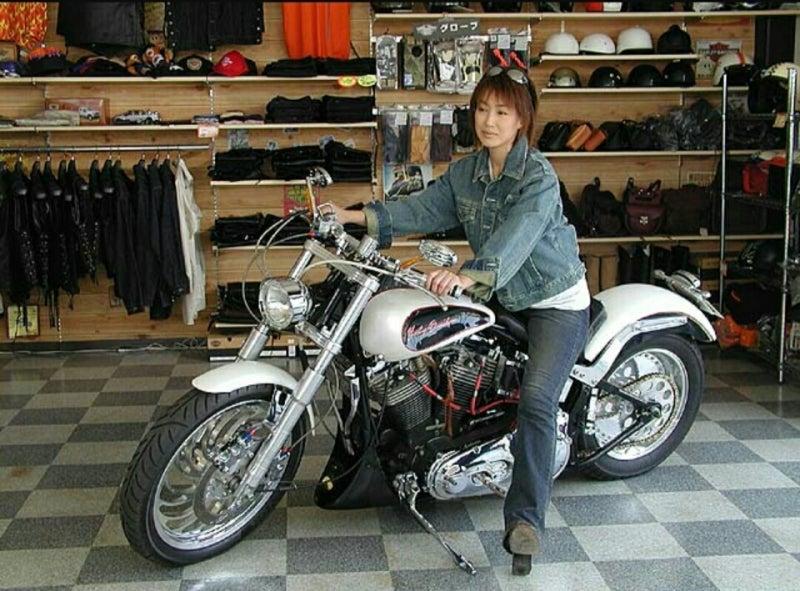 バイクに乗る女性芸能人 その2 | バイクに乗る女性 …