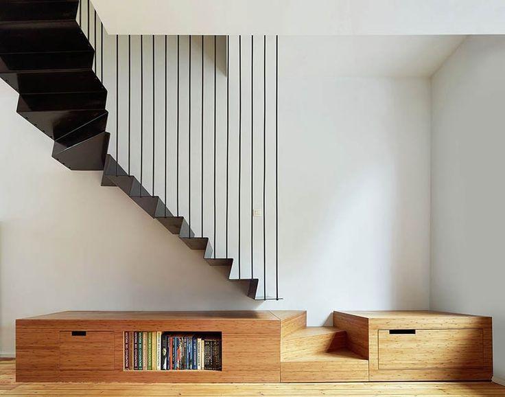 o0736057813492672618 階段と一体式のローボード