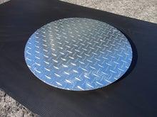 溶融亜鉛メッキ仕上げのマンホールの蓋