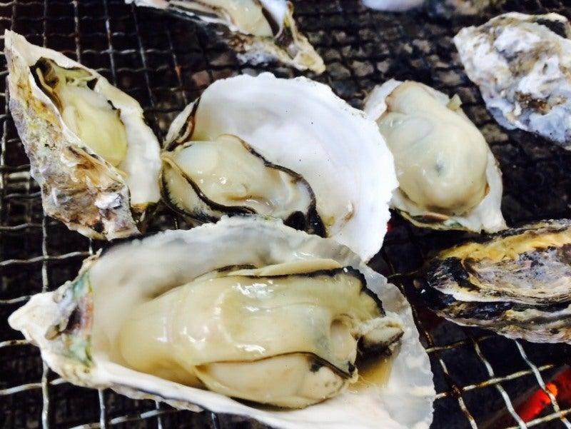 新門司 焼き喰い処 牡蠣小屋 焼けた牡蠣