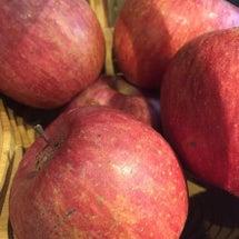 リンゴ頂きました