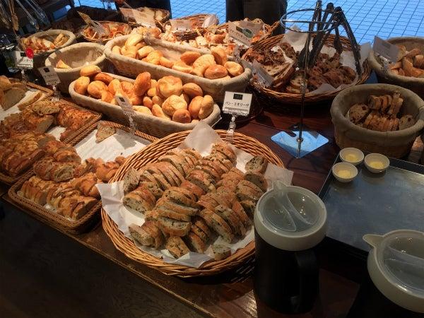 大阪のパン食べ放題ランチまとめてみました。   ヒトミの温泉 ...