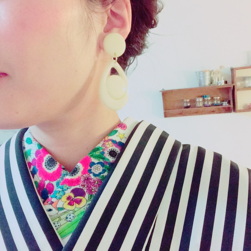おしゃれな半衿と半幅帯で着物コーディネート