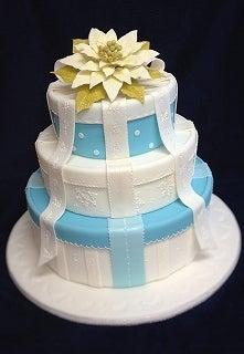 ポインセチアのウエディングケーキ