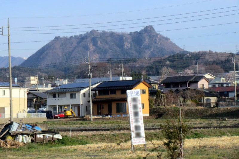 崇山城①遠景