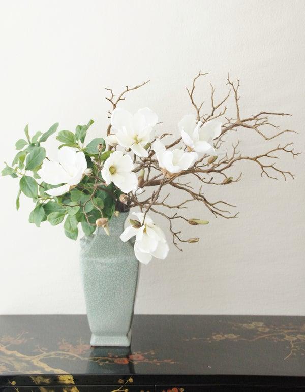 玄関に飾る造花