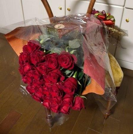 33本のバラ