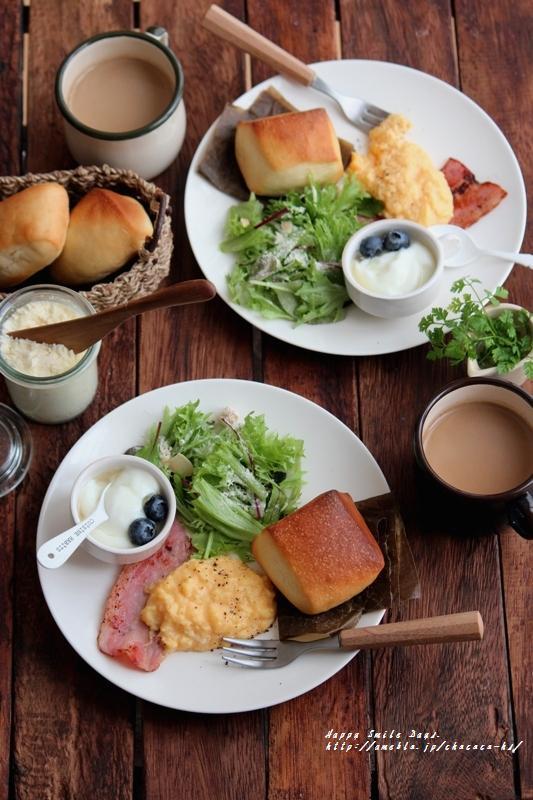 スクランブルエッグ朝ごはん。