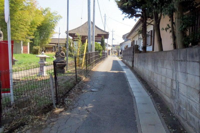 幕岩城②城址碑への道