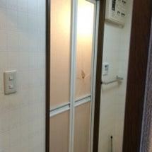 浴室中折れドア 樹脂…