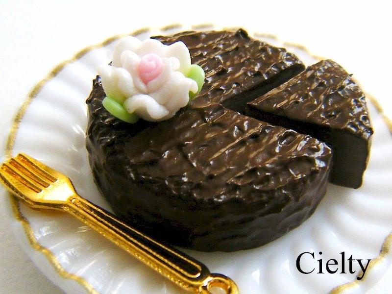 樹脂粘土*チョコレートケーキ