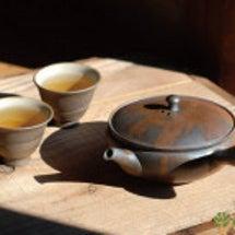 急須とお茶のある暮ら…