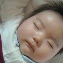 よく眠るお孫ちゃん!