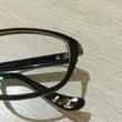 レベッカのメガネ