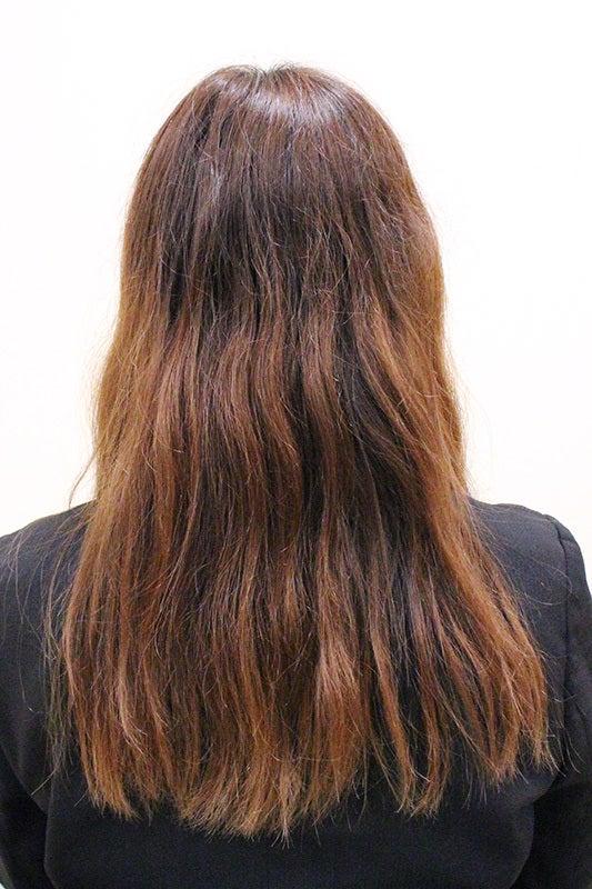 シャイニングタッチ トリートメント前 うねうね毛で纏まりが無くひっかかりがある