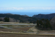 棚田から立山連峰を望む。
