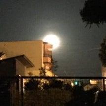 満月ですね〜( ´ …