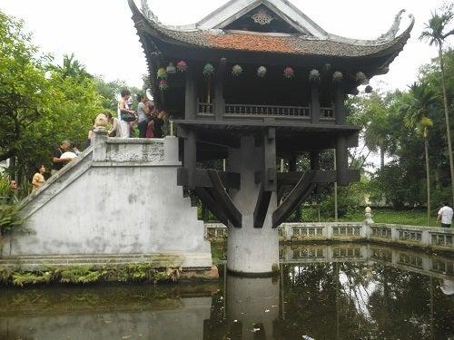 ハノイ ベトナム 一柱寺