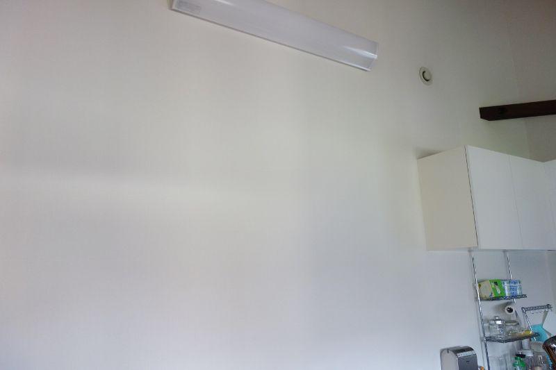 一戸建て2階のリビングへ神棚設置.jpg