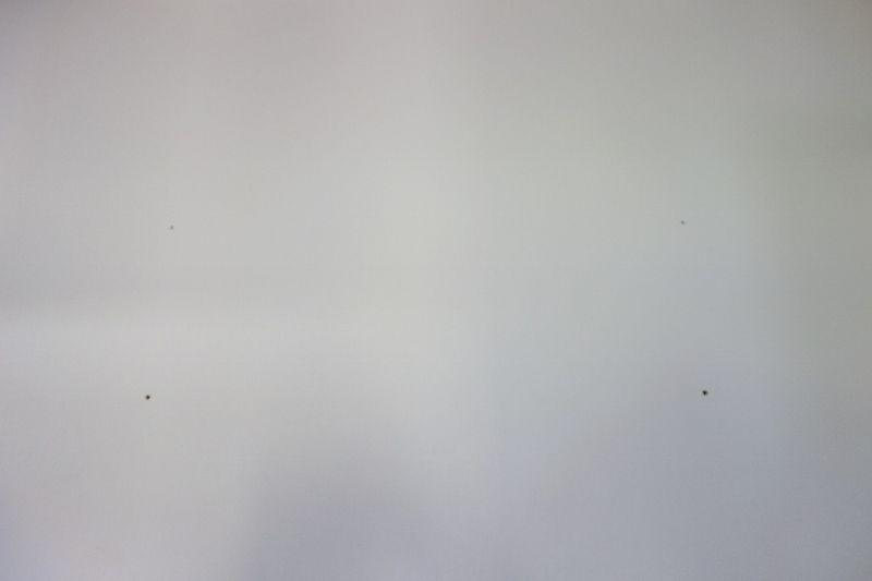 施工ボード壁には2種類のアンカーを使用
