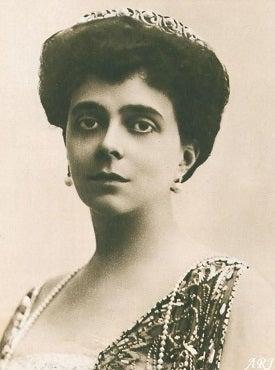 祖母のエレナ・ウラジーミロヴナ