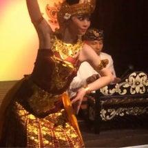 バリ舞踊 極楽鳥のダ…