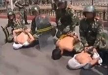 中共によるウイグル人虐殺3