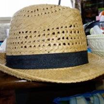 そろそろ帽子も買い替…