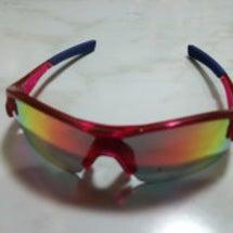 ピンクのサングラス(…
