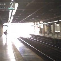 朝陽が眩しい横浜です