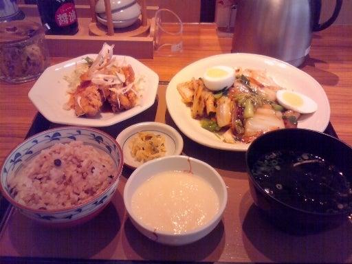 やよい軒-八宝菜と油淋鶏の定食-01