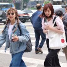 韓国で可愛い2人と合…