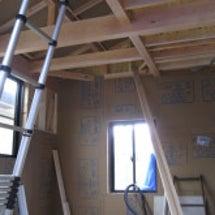 2階は壁下地・1階で…