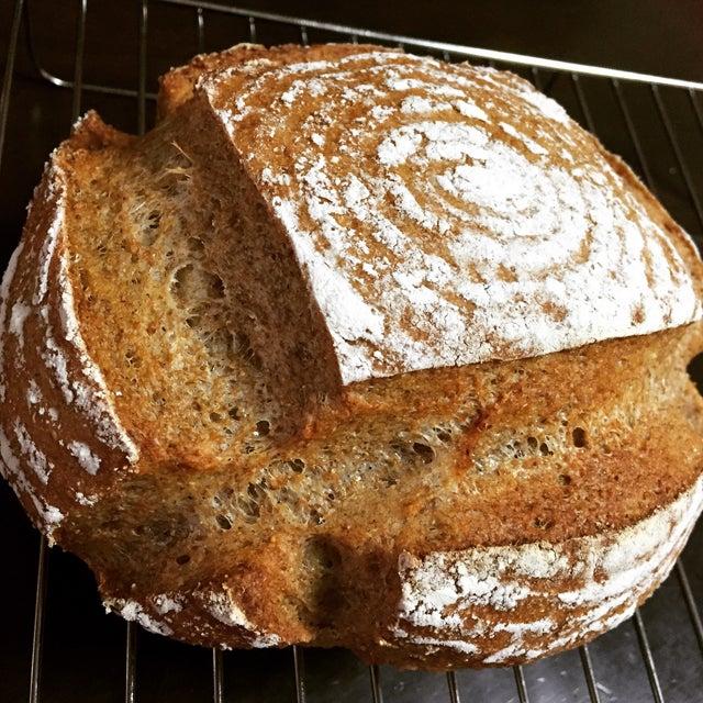 自家製天然酵母 パン・ド・カンパーニュ