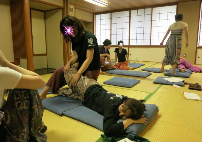 『教え合う練習会』タイ古式マッサージ委員会 21