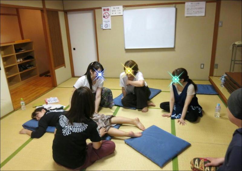 『教え合う練習会』タイ古式マッサージ委員会 18