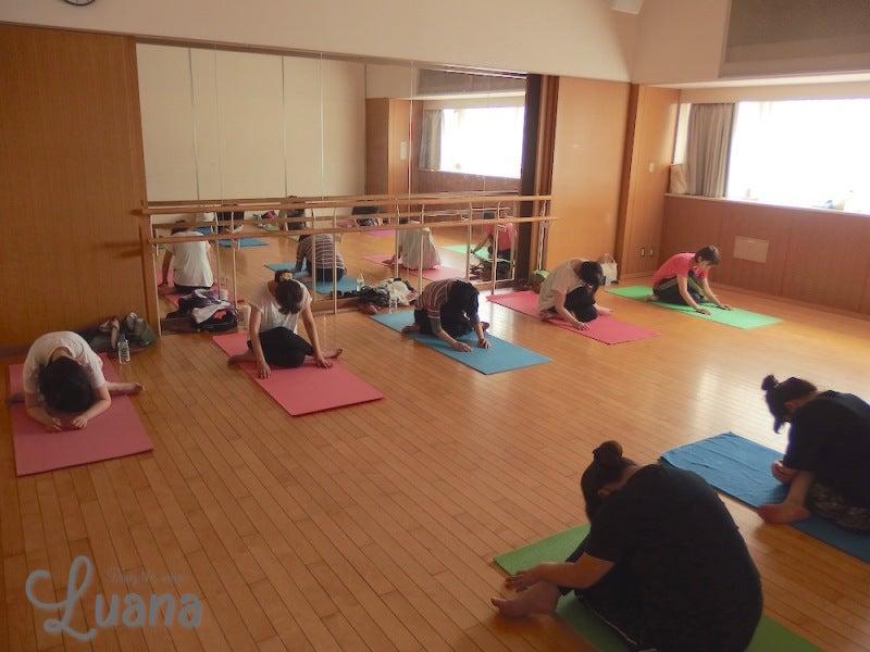 YogaroomLUANA,体幹トレーニング,ヨガ,大阪,奈良,生駒,白庭台,奈良登美ヶ丘,生駒市,アナトミック骨盤ヨガ,ダイエット,妊活