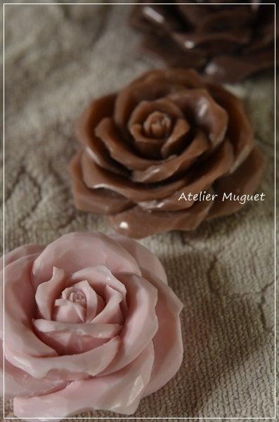 3色のバラ