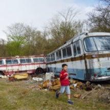 廃バス探検は息子を大…