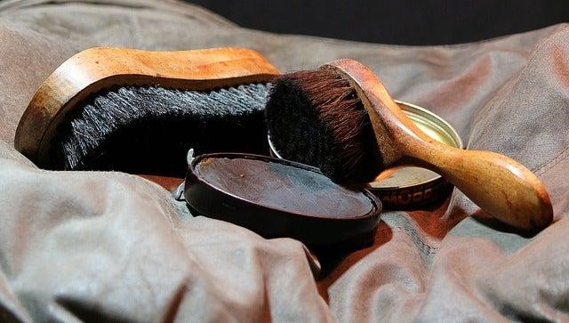 靴磨き、ご先祖様、ご加護、出世