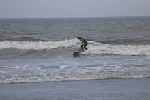 レディースサーファーサーフィンスクール千葉