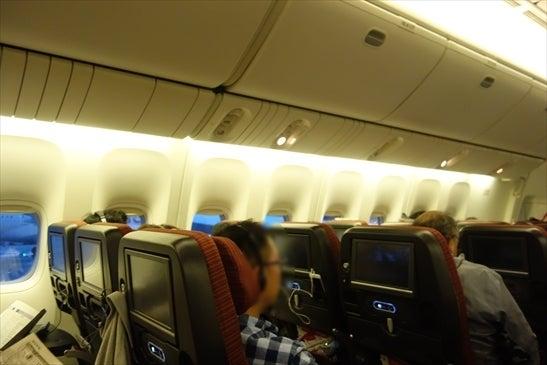 空調トラブルで機内待機中