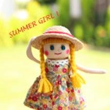 夏の麦わら帽子の女の…