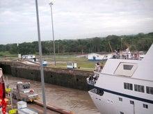 パナマ運河 通過中