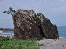 菜切ヶ浜の巨岩