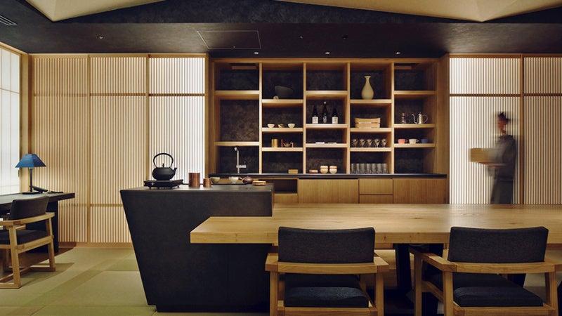 teeroom lounge hoshinoya tokyo